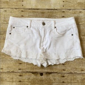 American Eagle White Shortie Shorts Size 10